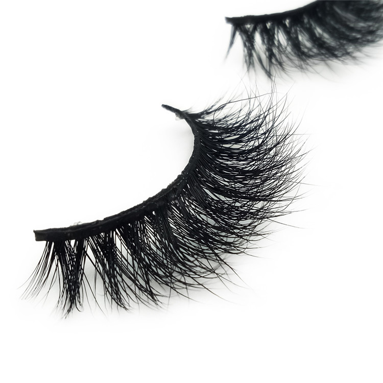 private label eyelashes.jpg